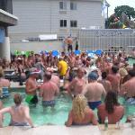 A sea of fun at Islander Inn