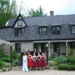 The wedding party in front of the Inn