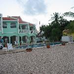Coral Paradise Resort Back w/ Pool