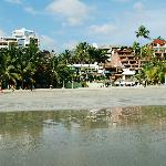 Playa La Madera (the bungalows are green in the middle
