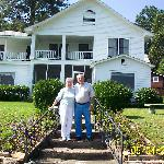 Tom and Mary McEntire, Innkeepers