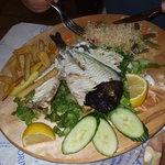 Tipico piatto a base di pesce a Meteora