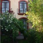 Quiet garden and rooms