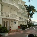 Foto de Maralisa Hotel and Beach Club