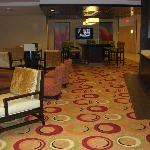 Lobby with free tea & coffee