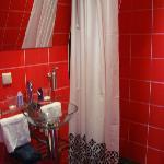 Il Bagno (red room)