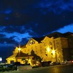 Days Inn Calgary Airport @ Night