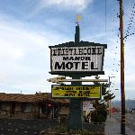 Hotel from US 395