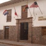 Fachada del hotel Wiracocha