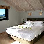 mylos bedroom