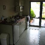 Kitchen area - unit 5