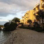 Hotel w/beach area