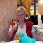 Prost im Restaurant mit Schwabenwein!