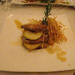 Pork tenderloin with apple and apricot puree