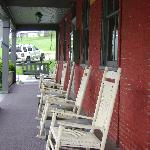 Rocking chairs along front porch of Cashtown Inn