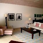 Ocean Suite: Living Area