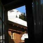 Aus dem Zimmer - Zum Berg