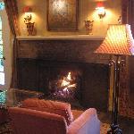 Gas fireplace (inroom)