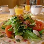starter - very fresh, green salad