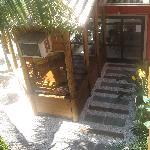 Vista desde habitación del Comedor y Sushi Bar posada Ganesh-Bombinhas