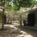 courtyard path between the bungalows to street