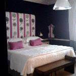 room 306 - pink and black