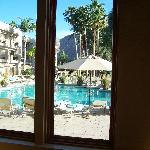 Indian Wells Resort Swimming Pool