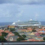 vista desde el puente lado de Willemstad