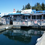 Dinghy Dock Pub & Floating Restaurant