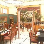 24 hour restaurant