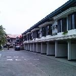 Photo de Linmarr Davao Hotels and Apartelles