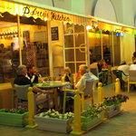 D'Arcy's Kitchen Cafe, Shatti Branch