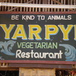 Photo de Yar Pyi Vegetarian Restaurant