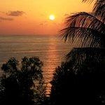coucher du soleil en direction de Surin Beach