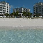 Strand mit Hotel