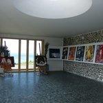 intèrieur espace art contemporain d'Etretat