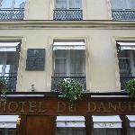 Hotel du Danube facade