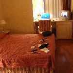 Bed, TV, Desk area