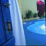 Salida a la piscina desde la suite