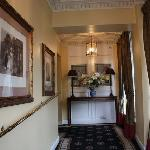 Killarney Royal Hotel, Entryway to receptionist and parlor