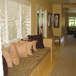 Upstairs suite hallway - so bright!