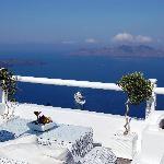 Une terrasse de l'hôtel pour prendre un verre au soleil couchant