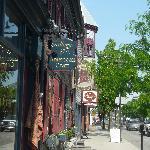 Convenient York Street location
