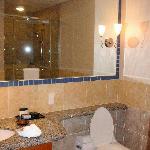 2nd bedroom toilet