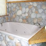 Large Jacuzzi Tub Suite 3