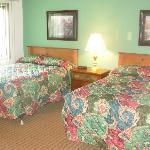1 flr bedroom