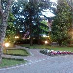 Giardini intorno all'albergo