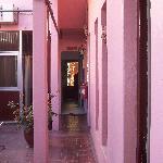 Entrada y habitaciones de planta baja