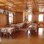 The dining room at Pez Regina