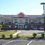 This is Econo Lodge